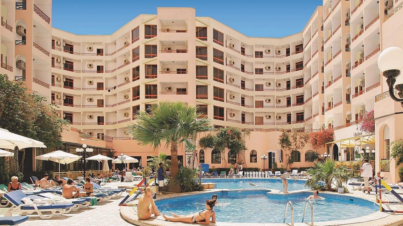 Triton Empire Hotel